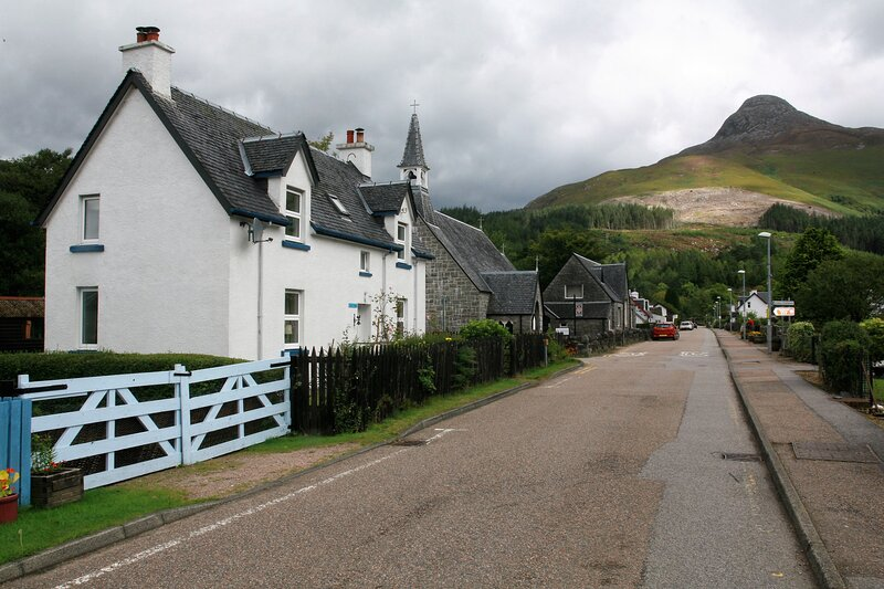 Traditional cottage in heart of Glencoe, holiday rental in Ballachulish