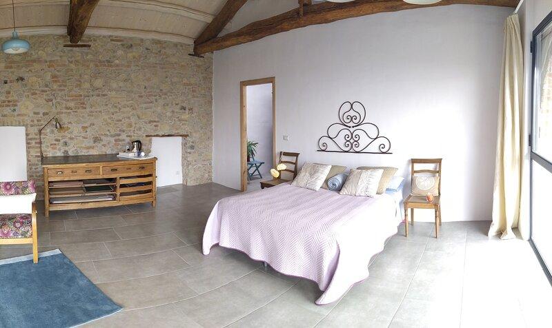 The Wine Room - Az. Agr. Matunei, vacation rental in Camino