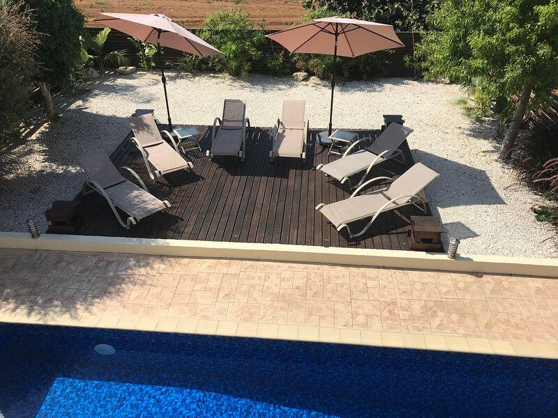 Crystal Lagoon Villa Calypso, Luxury 3 bedroom villa with pool Pernera, Cyprus, Ferienwohnung in Pernera