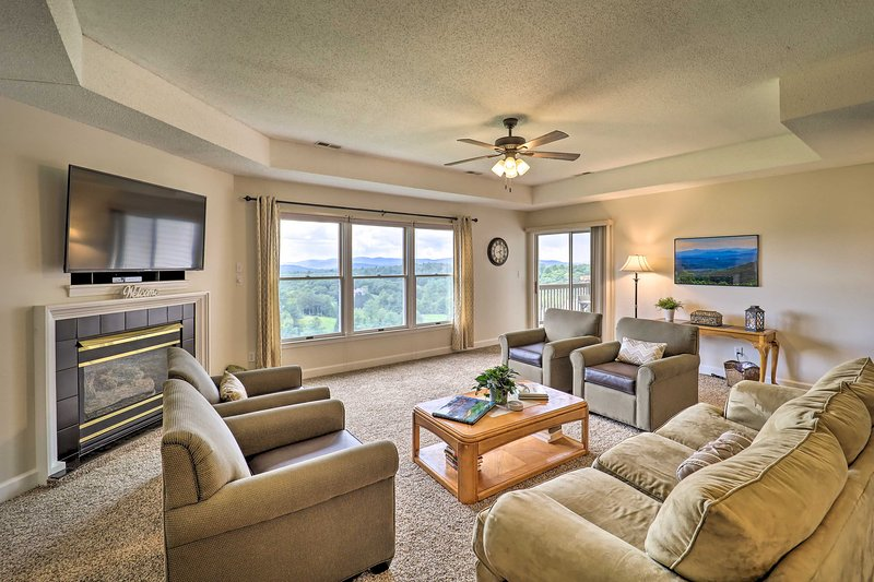 Inside, you'll find 2 bedrooms and 2 bathrooms with panoramic mountain views.