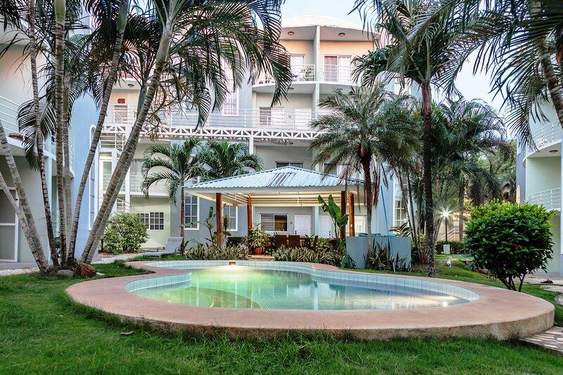 Confortable Apartment at Playa Tamarindo, vacation rental in Tamarindo