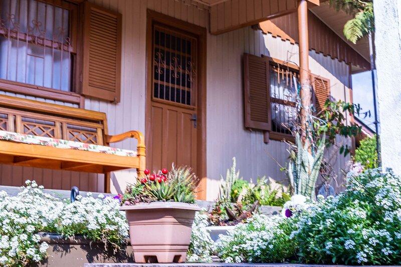 LOCAR-IN GRAMADO Chalé Recanto, vacation rental in Nova Petropolis