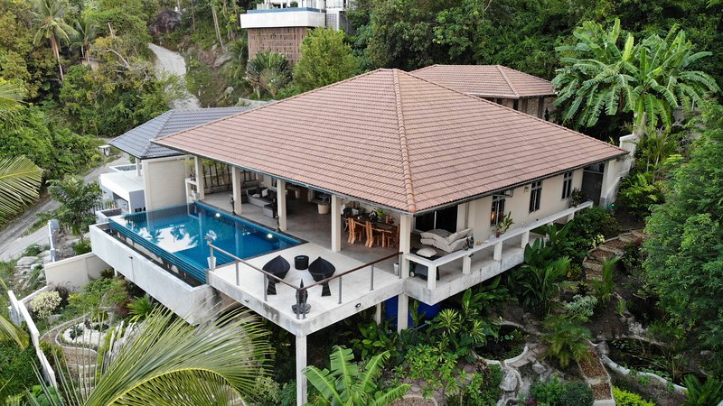 Tropical Paradise Villa 2 Bed / Private Pool & Sea View, vacation rental in Laem Set