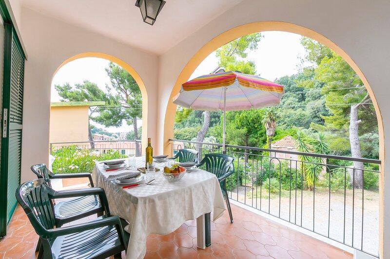 Villino A2, location de vacances à Alassio