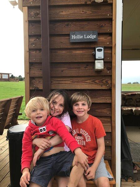Hollie Shepherd Lodge, alquiler de vacaciones en Llanddewi Rhydderch