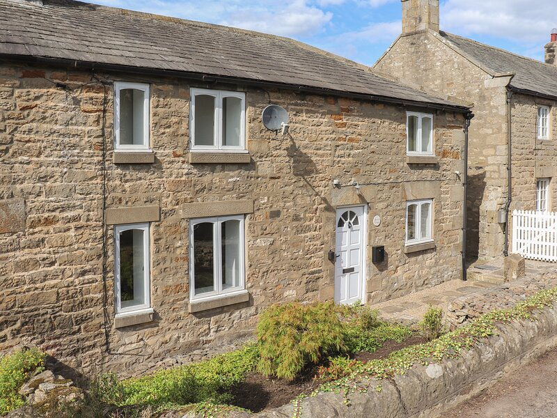 1 DUNKIRK COTTAGES, countryside views, woodburning stove, Hexham 6 miles, Ref, aluguéis de temporada em Bingfield