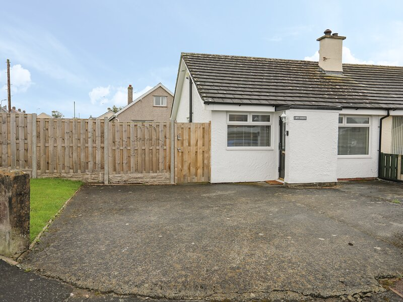 1 Bryn Rhedyn, Newborough, holiday rental in Dwyran