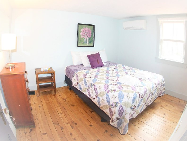 Lavender / Brook Road Inn, vacation rental in Washington