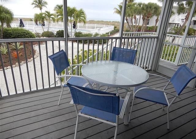 Perfect for a Beach Getaway, Great View and Near the Pool, B2613B, location de vacances à Little Gasparilla Island