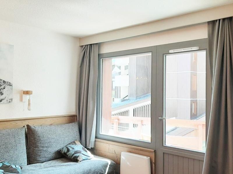 Bel appartement plein centre skis aux pieds, location de vacances à La Perriere