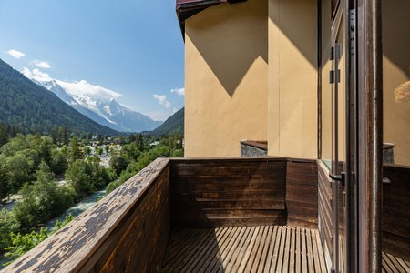 Private balcony with a Mont Blanc view