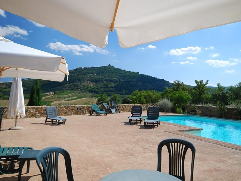 Country House a Montalcino ID 3514, Ferienwohnung in Tavernelle