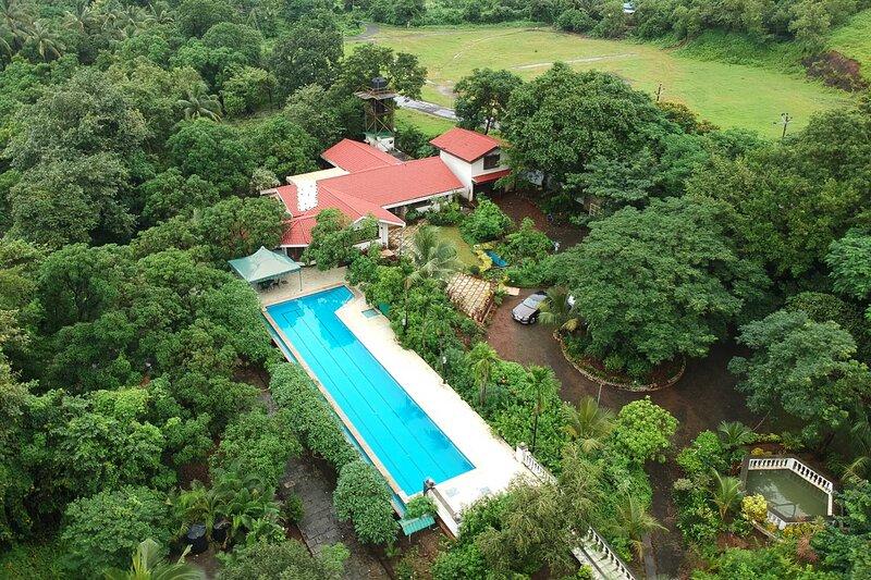 Casa Palmera by Vista Rooms, vacation rental in Alibaug