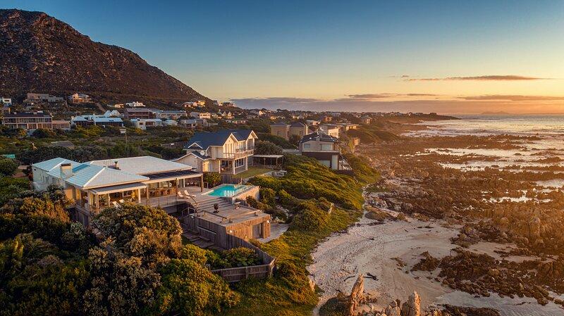 Pringle Bay Beach House By Cape Summer Villas, location de vacances à Rooiels