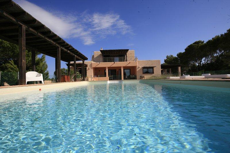 Casa de lujo con impresionantes vistas y piscina., casa vacanza a San Francisco Javier
