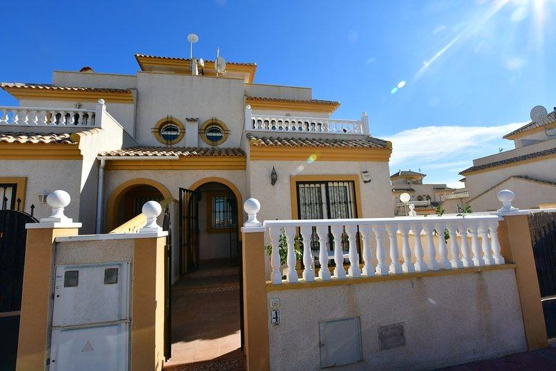 J&B Casa Del Sol, location de vacances à El Chaparral