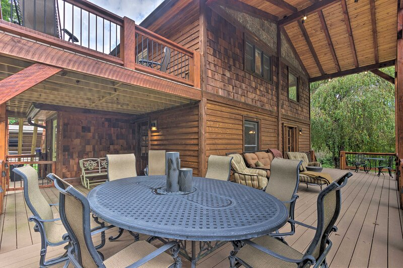 NEW! Newland Escape in the Pisgah National Forest!, holiday rental in Spruce Pine