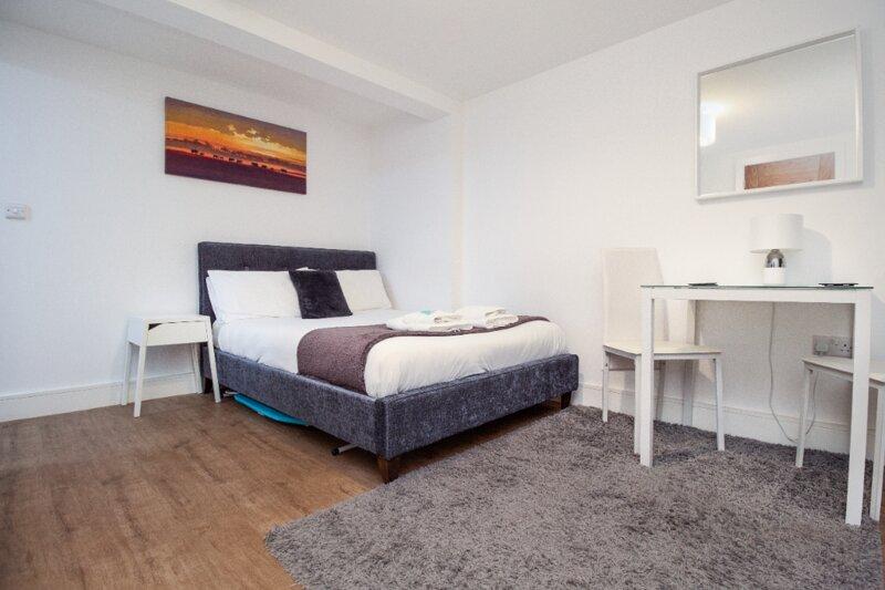 SAV Apartments - City Centre Studio Regent Road (Flat 6), vacation rental in Church Langton
