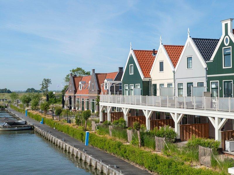 EuroParcs Poort van Amsterdam, vacation rental in Volendam