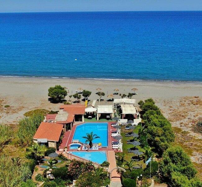 Studio Apartment on the beach, vacation rental in Gerani