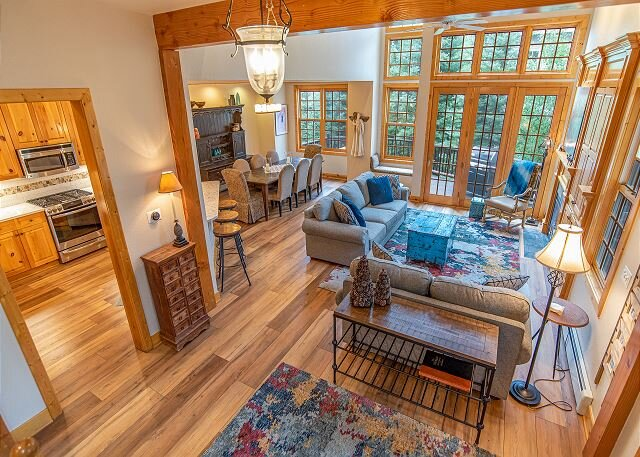 White Wolf 392 Townhome: Elegant Mountain Retreat!, vacation rental in Breckenridge