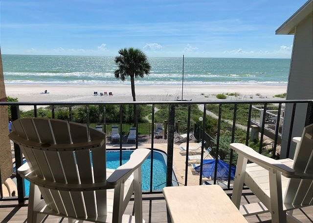 Socially Distance Dream! Beachfront on Indian Shores W/ Pool!, holiday rental in Indian Shores