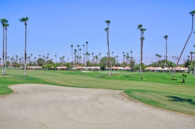 CE65 - Rancho Las Palmas Country Club - 3 BDRM - 2 BA, alquiler de vacaciones en Greater Palm Springs
