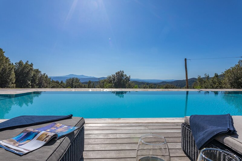 San Casciano in Val di Pesa Villa Sleeps 10 with Pool and Air Con - 5711294, location de vacances à Murlo