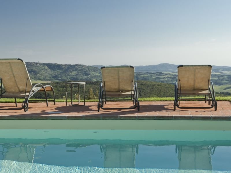 Palagio Villa Sleeps 8 with Pool - 5870681, vacation rental in Palagio