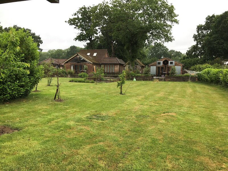 STUDIO OAK BARN, holiday rental in Haslemere