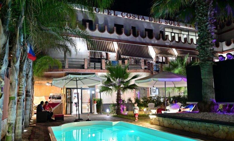 Residence Costa del Sole 50 m dalla spiaggia di sabbia del litorale catanese, holiday rental in Villaggio San Leonardo