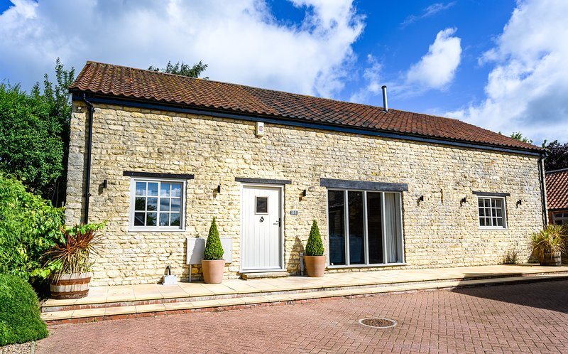 Farm Court Barns, holiday rental in Stainton by Langworth
