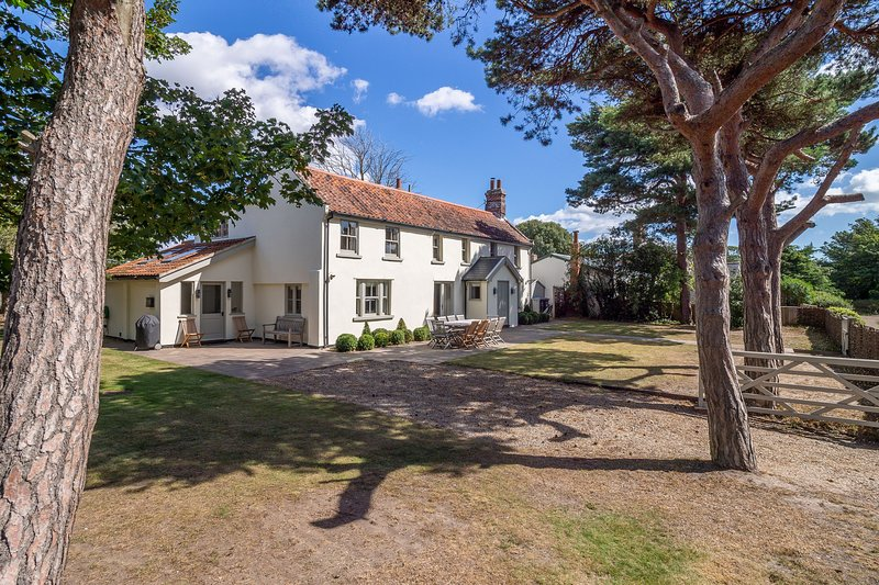 Alexander House, vacation rental in Aldringham