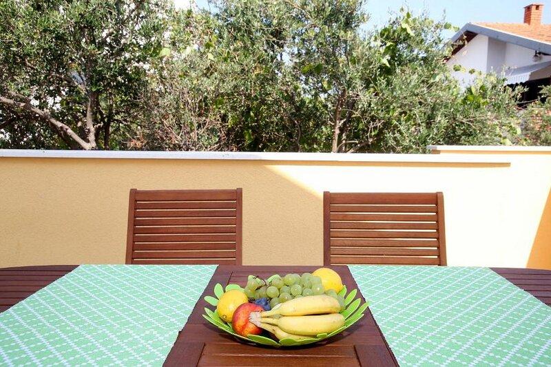 Villa Drago - Three Bedroom House with Garden View – semesterbostad i Rogoznica