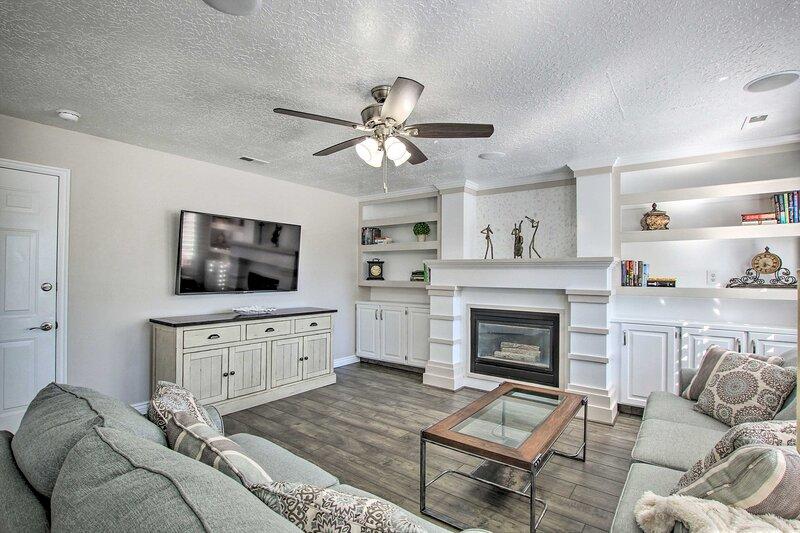 Layton Getaway - Near HAFB, Snowbasin, & Shopping!, holiday rental in Davis County