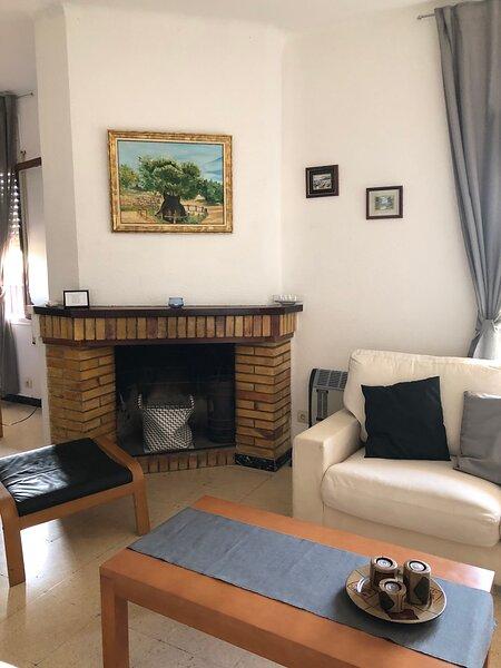 Acojedor apartamento en Horta de Sant Joan 4 pax, location de vacances à Maella