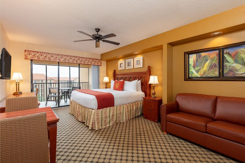 Studio Suite Near Disney & Sea World w/ Resort Pool, Hot Tub, Dining & WiFi, casa vacanza a Windermere