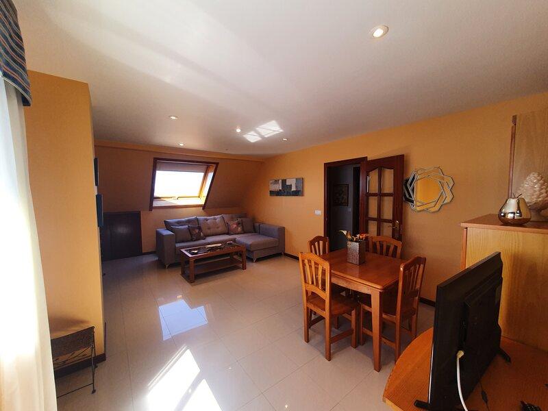 Apartamento Playa Agrelo, holiday rental in Castrelo