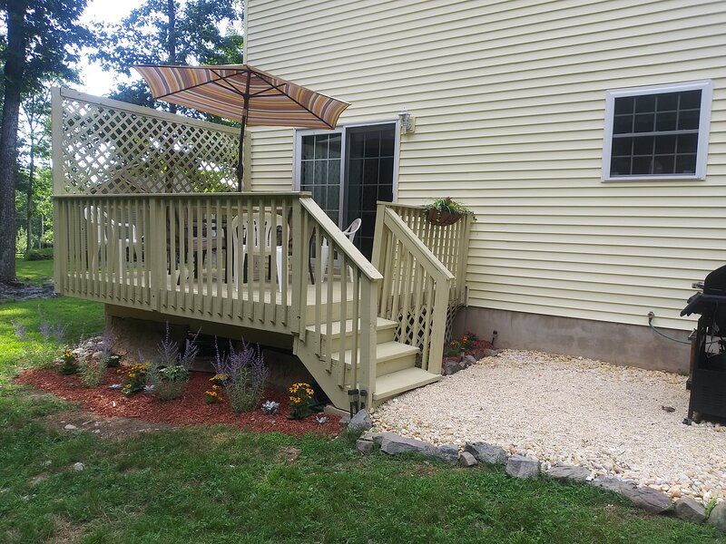 Access from the Kitchen/Dining Room on to the Deck and grilling area.