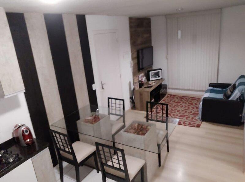 Apartamento 3 quartos São José dos Pinhais sem taxa limpeza e com garagem, alquiler de vacaciones en Quatro Barras