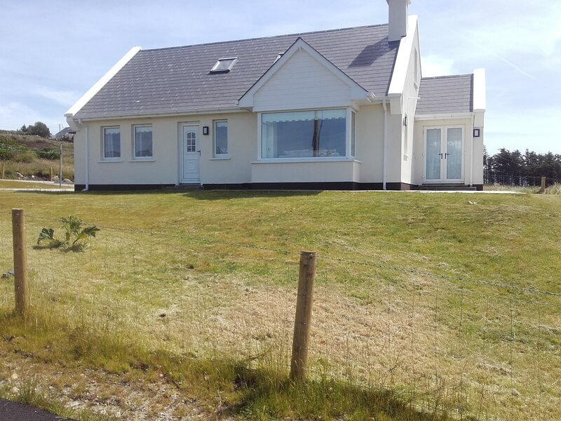 katies cottage, holiday rental in County Donegal