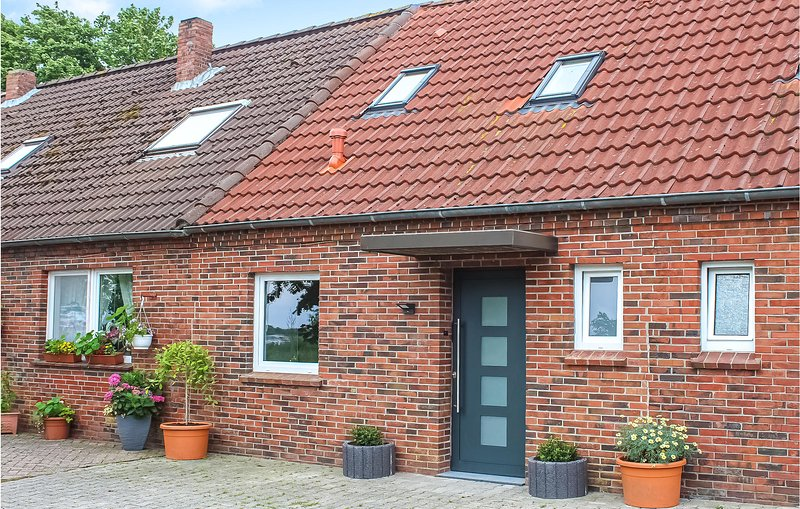 Awesome home in Norden with WiFi and 2 Bedrooms (DNS196), holiday rental in Neuwesteel