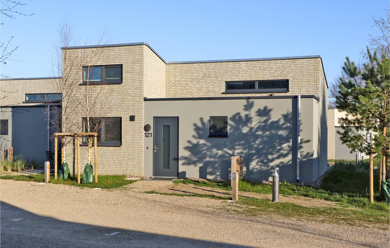 Nice home in Lembruch/Dümmer See with Sauna, WiFi and 2 Bedrooms (DDS228), holiday rental in Dielingen