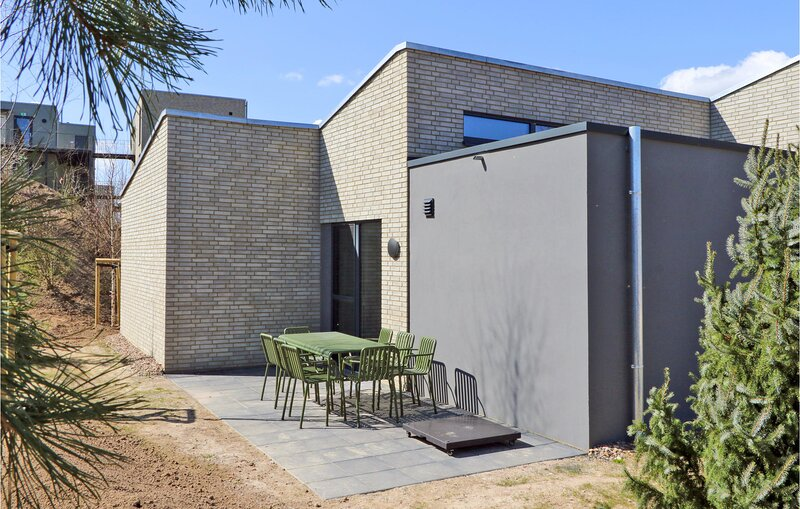 Stunning home in Lembruch/Dümmer See with Sauna and 3 Bedrooms (DDS356), holiday rental in Goldenstedt