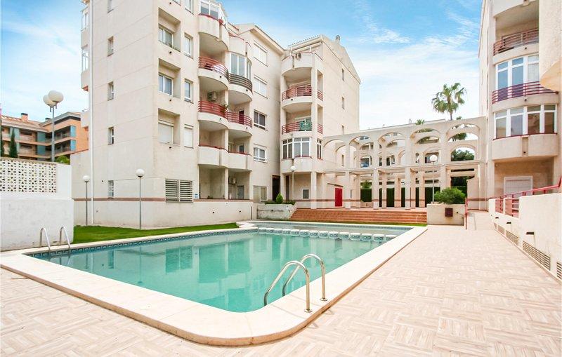 Stunning apartment in El Albir/Alfaz del Pi with WiFi, Outdoor swimming pool and, vacation rental in L'Alfas del Pi
