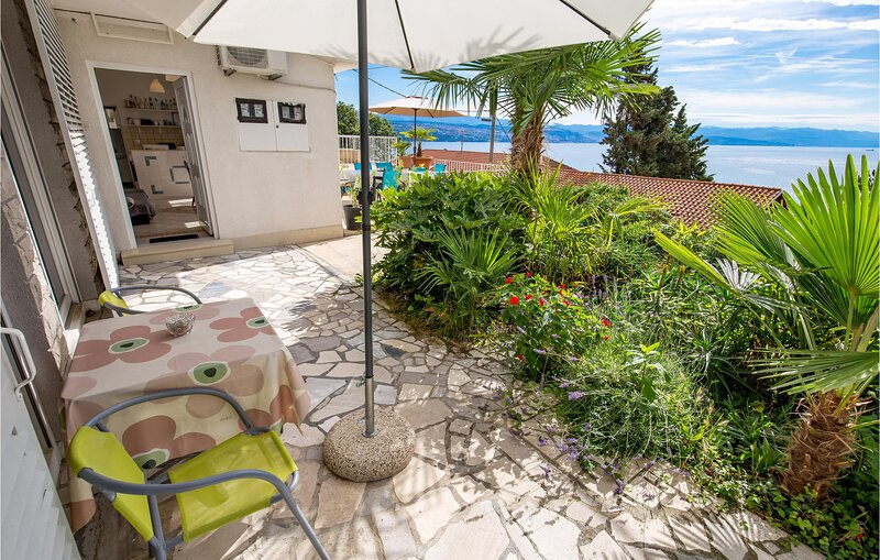 Nice apartment in Opatija with WiFi and 1 Bedrooms (CKU112), holiday rental in Icici
