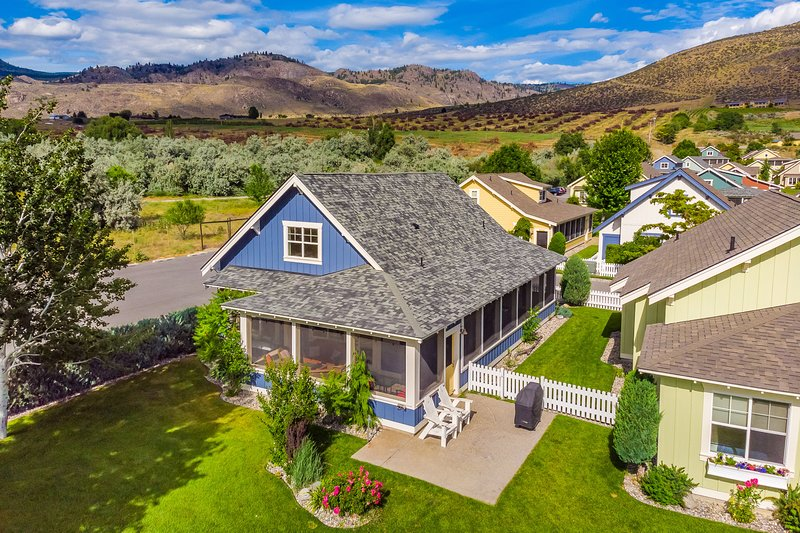 Comfy Cottage, holiday rental in Oroville