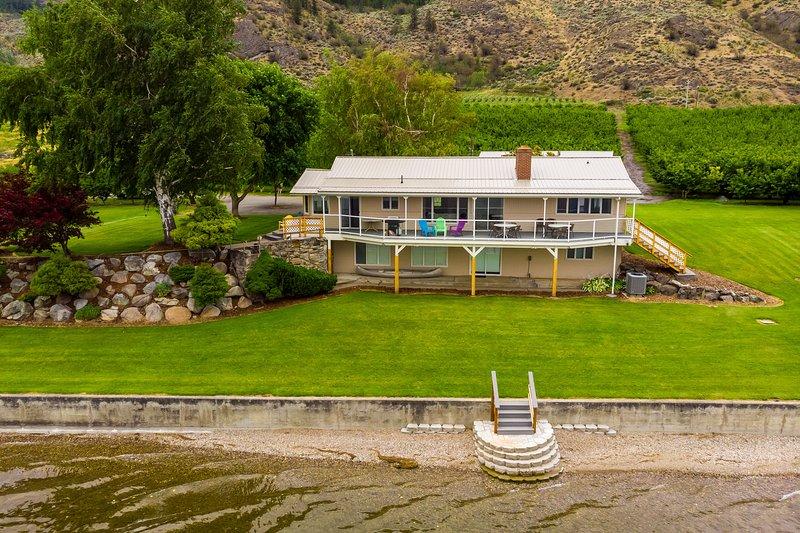 Linger Longer Lakeside Cottage, holiday rental in Oroville