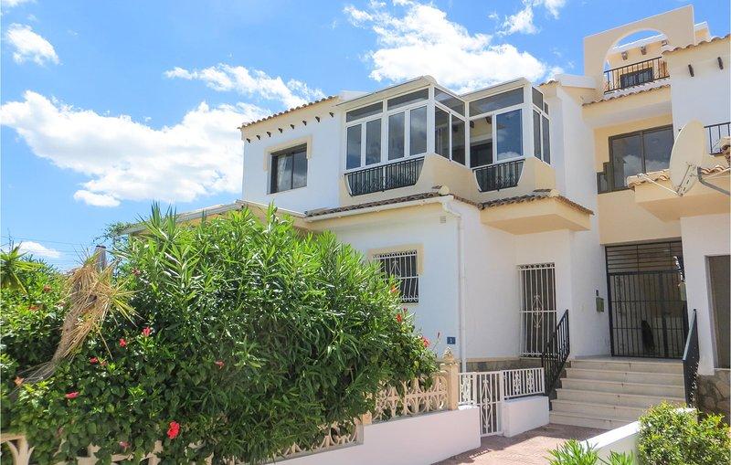 Beautiful apartment in Quesada with Outdoor swimming pool, Outdoor swimming pool, holiday rental in Daya Vieja