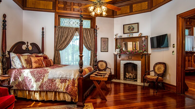 HOGAN HOUSE AT ROSE HILL- Rose Room, alquiler de vacaciones en Newnan